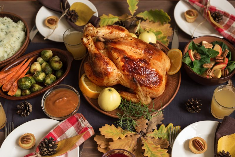 bottlesxo bottle bottles xo groupmall shanghai china thanksgiving sets cooked meals wine pairing how to pair wine with turkey mashed potato thanksgiving dinner food green beans zinfandel syrah pinot noir chardonnay riesling gruner valtliner champagne