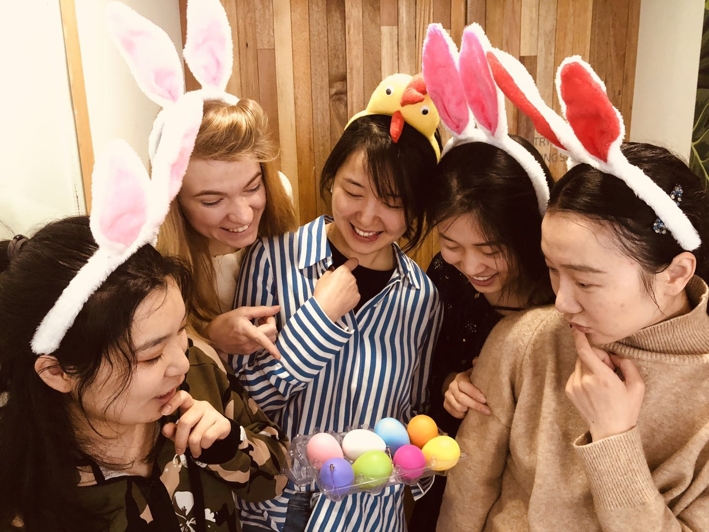 WIN ¥6,000 in Prizes When You Send Us Your Best Easter Pictures